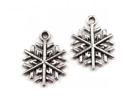 http://scrapkowo.pl/shop,zawieszka-platek-sniegu-15-mm,664.html